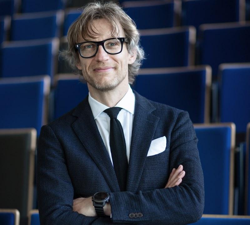 Albert Menkveld ranked first in the 2020 Dutch Economists Top 40