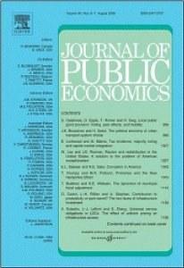 Social Ties in a public good experiment